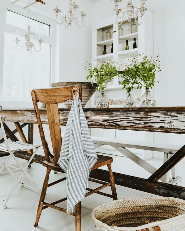 antiques chair Blue and White Linen Towel