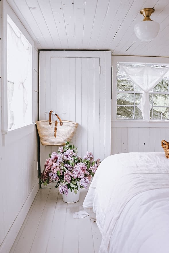 master bedroom in the tiny home
