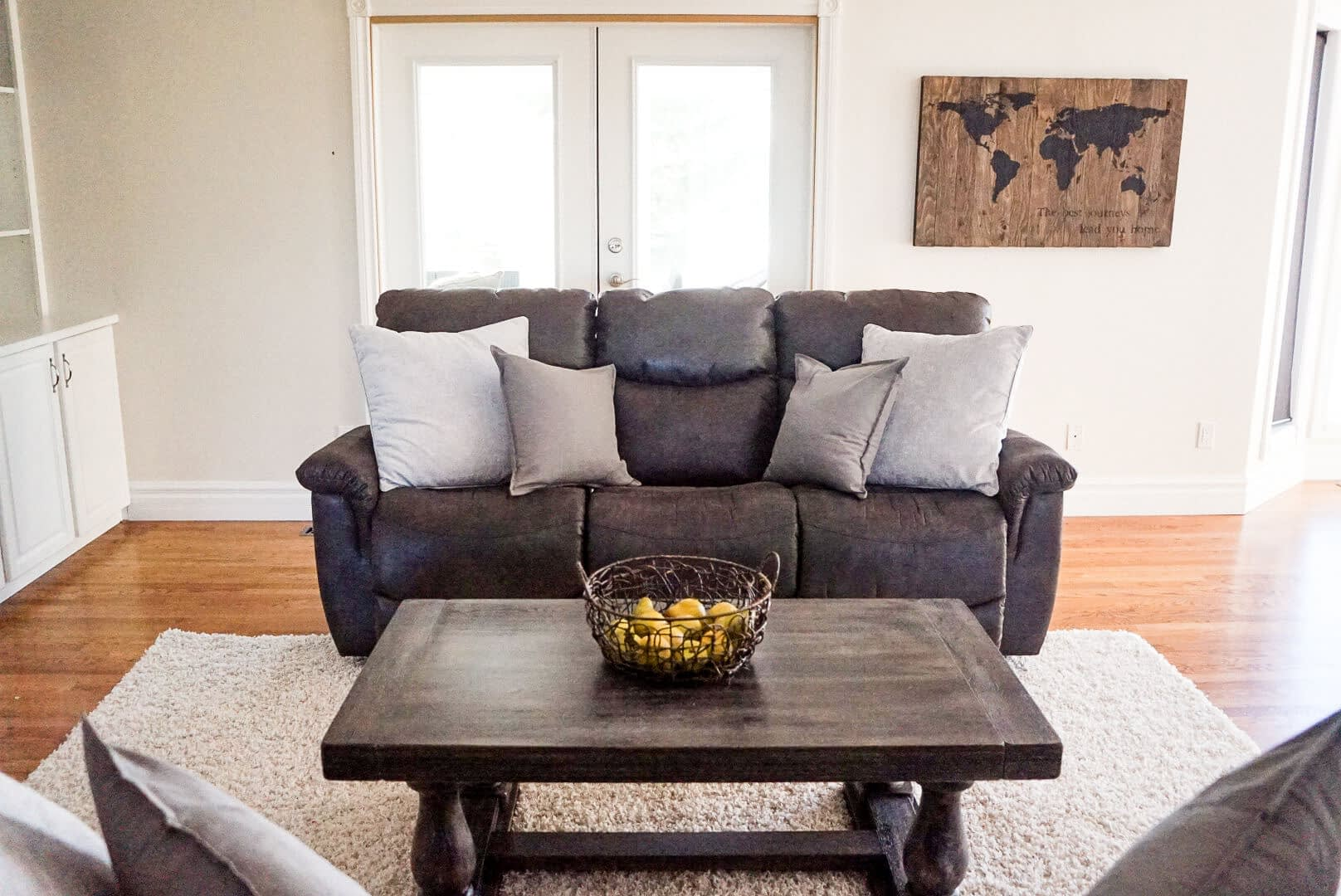 Traditional Style Home Tour living room