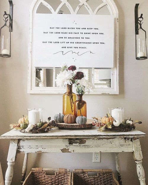 Wall Decor and Fall Styling Front Entry Table