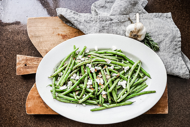 Plated Green bean salad with feta cheese