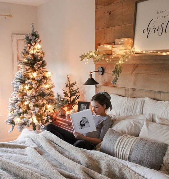master bedroom at christmas time