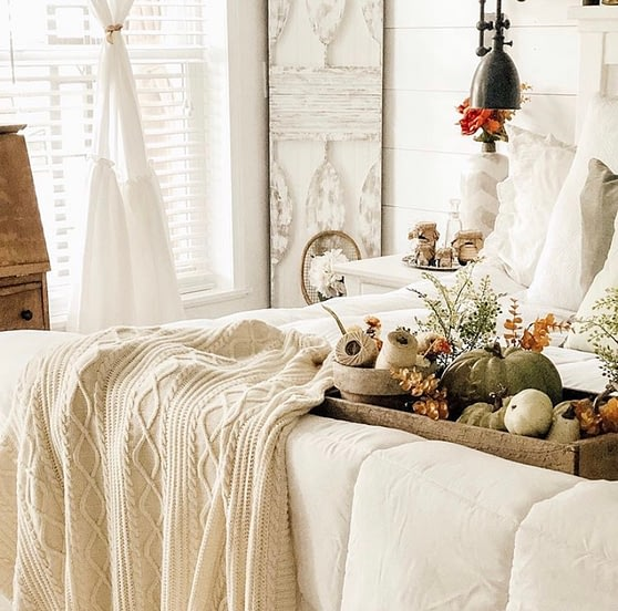 simple fall home decor master bedroom cozy layers neutral colours