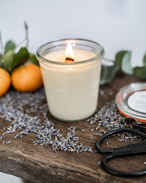 Vintage society candle