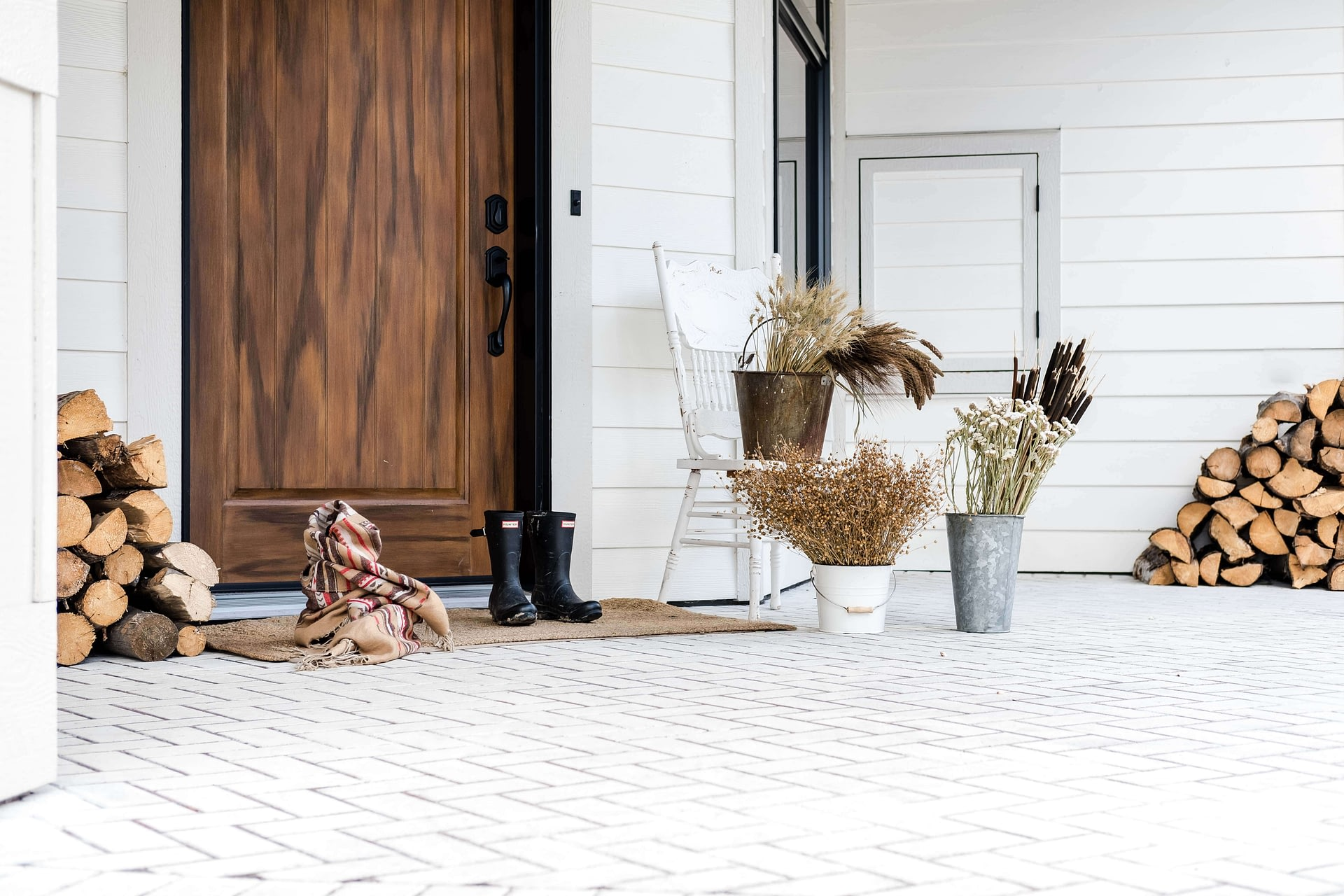 Dried grasses front porch