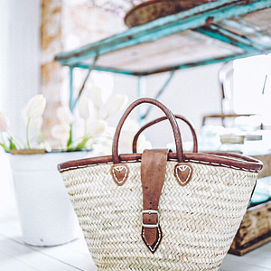 basket-french-classic-buckle