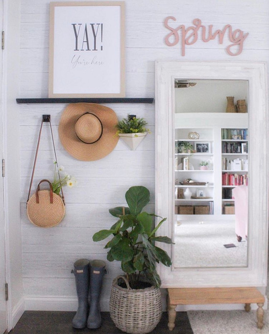 simple cozy home front entrance decor